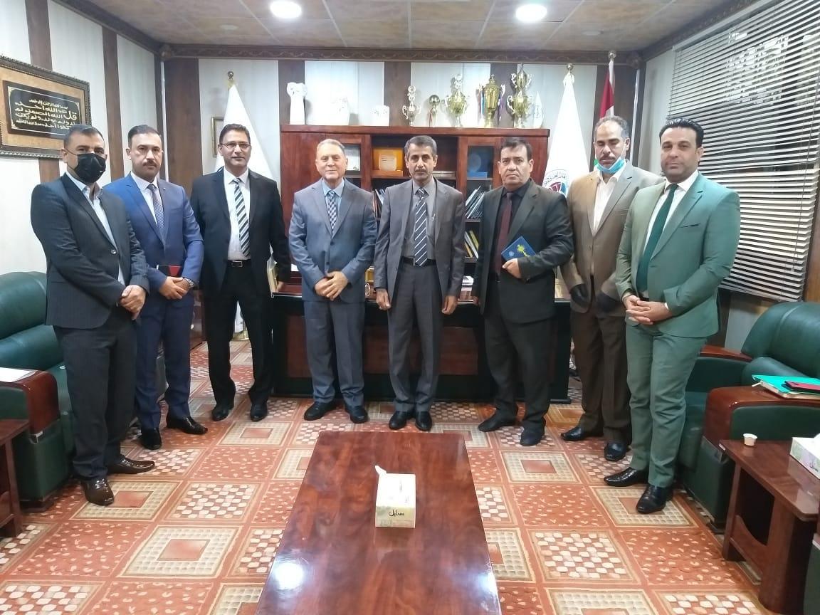 رئيس جامعة البصرة يزور كلية شط العرب الجامعة