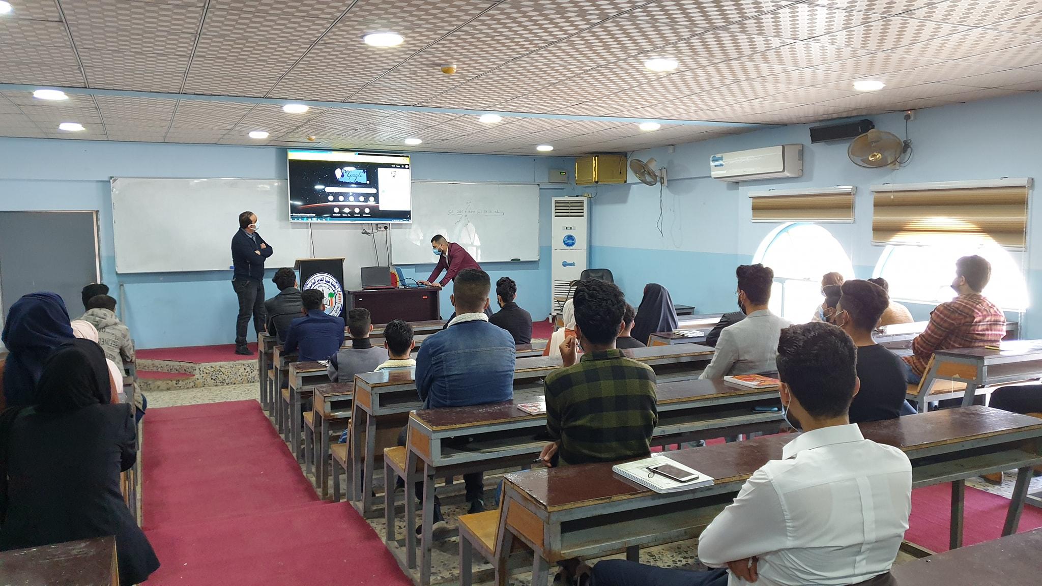 وحدة التطوير و التعليم الالكتروني تنظم ورشة إلكترونية تدربية لطلبة المرحلة الاولى/النافذة الثانية في التعليم الالكتروني .