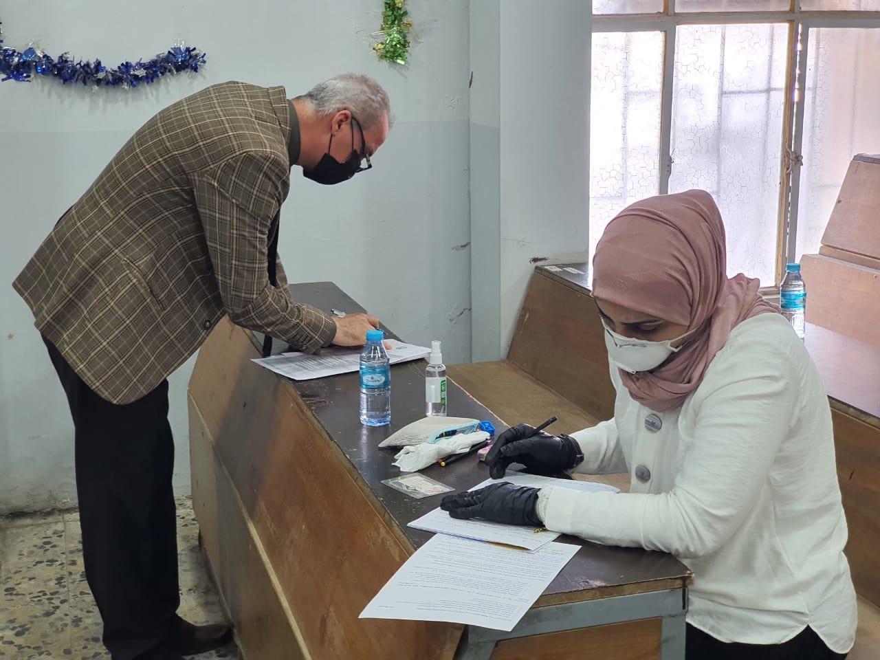 زيارة الفريق الميداني المكلف من قبل الفريق الوزاري لمتابعة سير العملية الإمتحانية