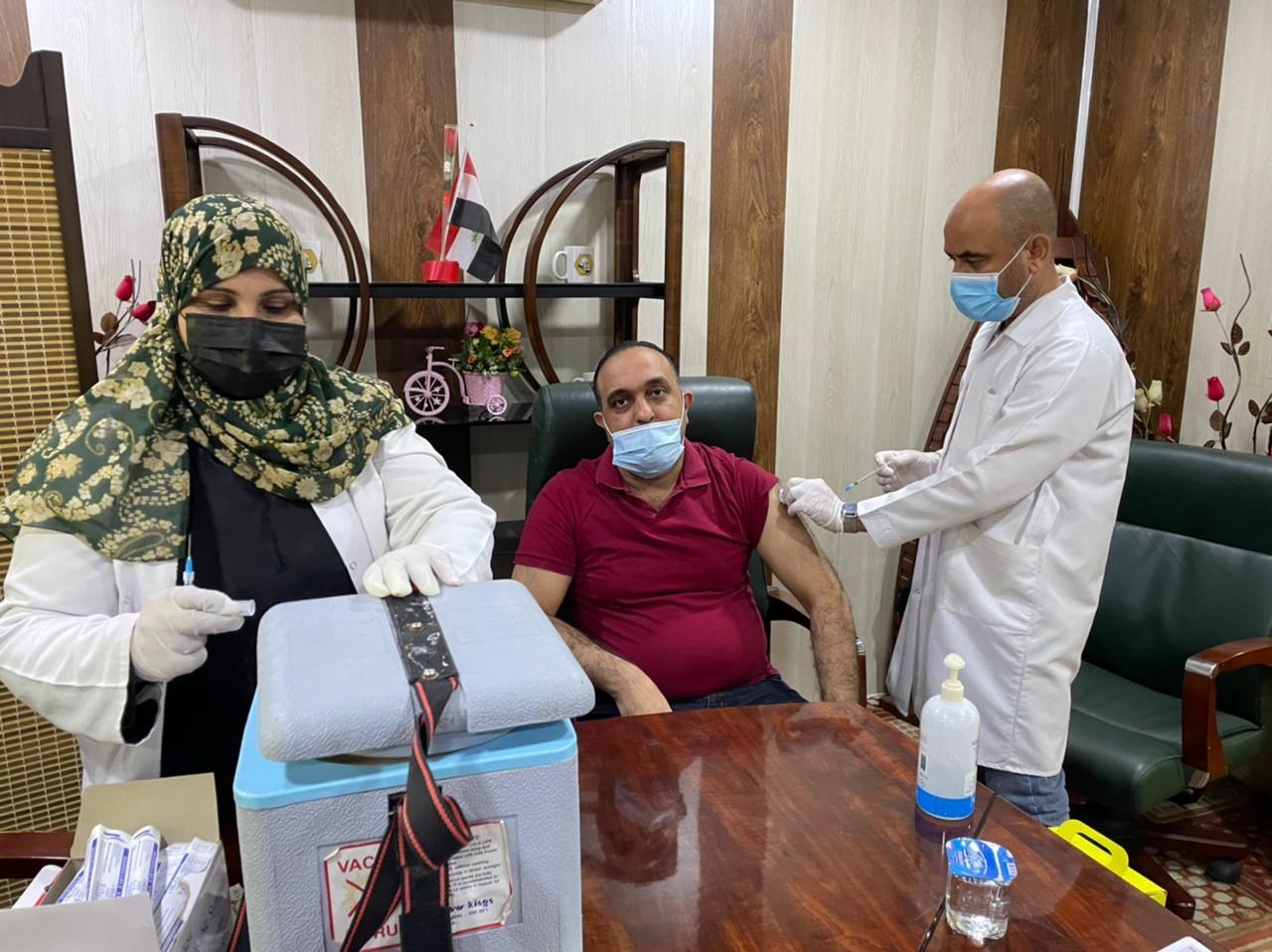 حملة أخذ اللقاحات ضد فيروس كورونا في كلية شط العرب الجامعة