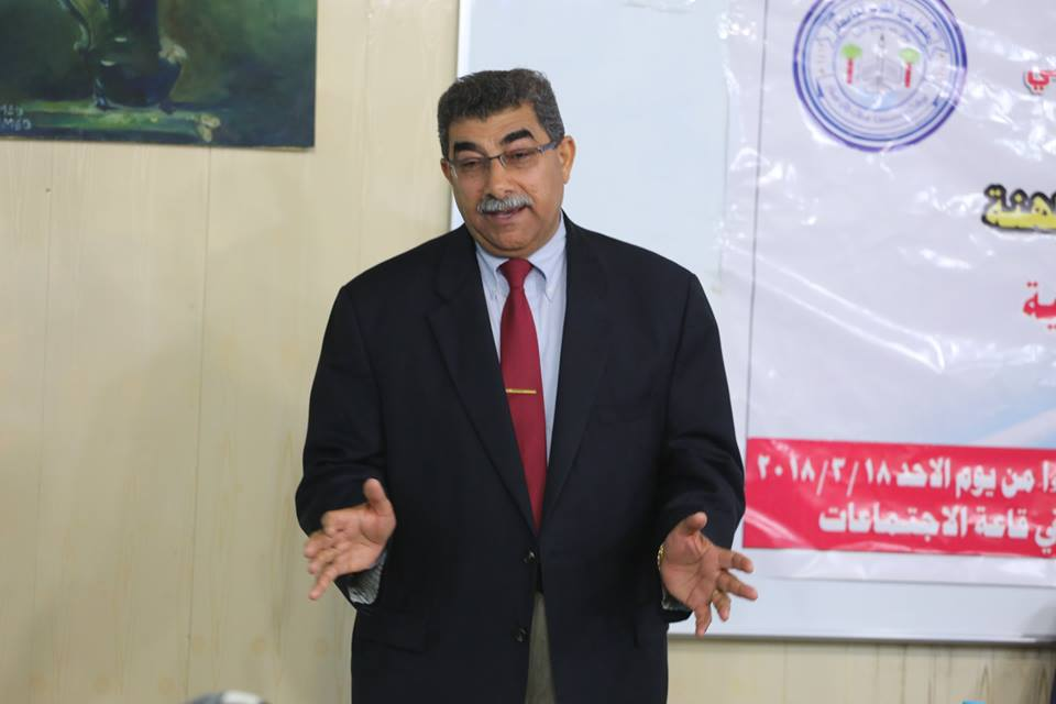 مدير برنامج فولبرايت لزمالات الدراسية يلتقي طلبة كلية شط العرب الجامعة