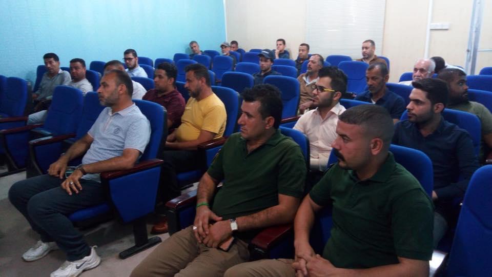 دورة تدريبية في الدفاع المدني