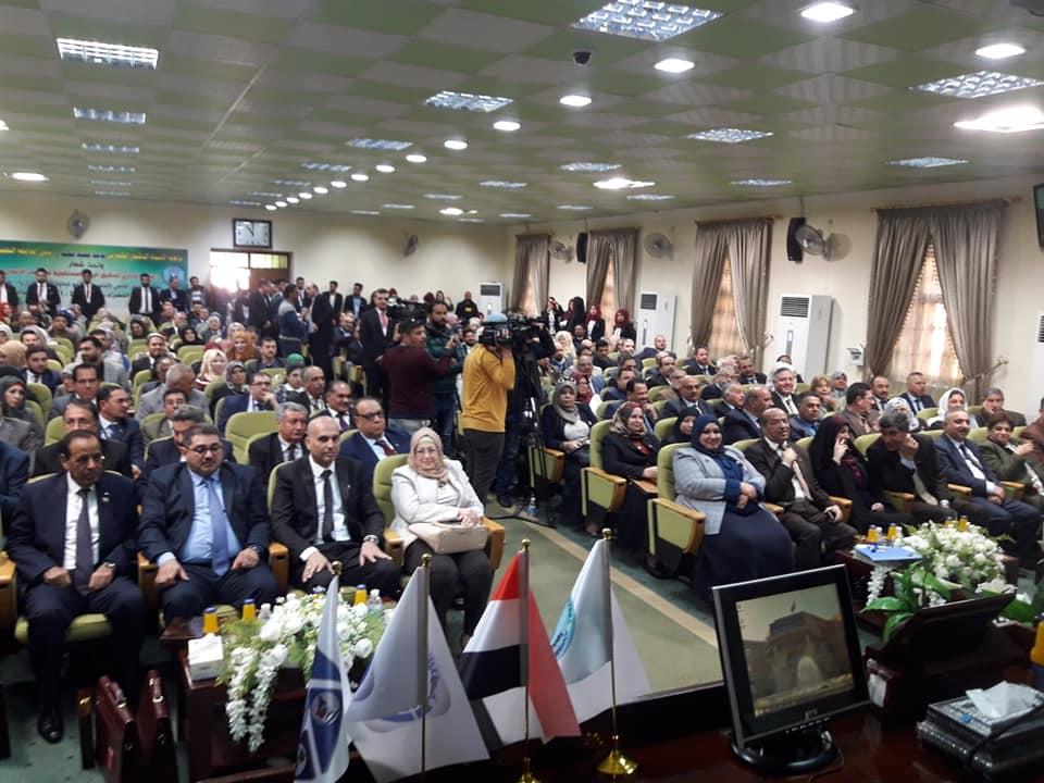 مشاركة تدريسي من كلية شط العرب الجامعة في مؤتمر علمي – بغداد