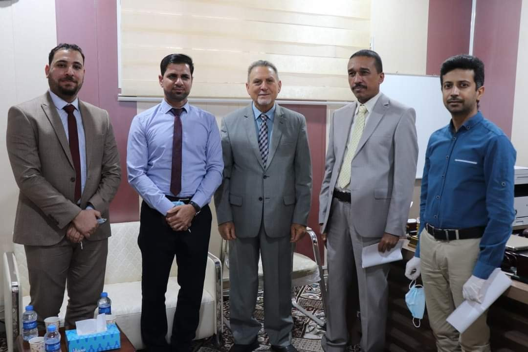 لقاء عميد كلية شط العرب الجامعة مع وفد كلية الإمام الكاظم .