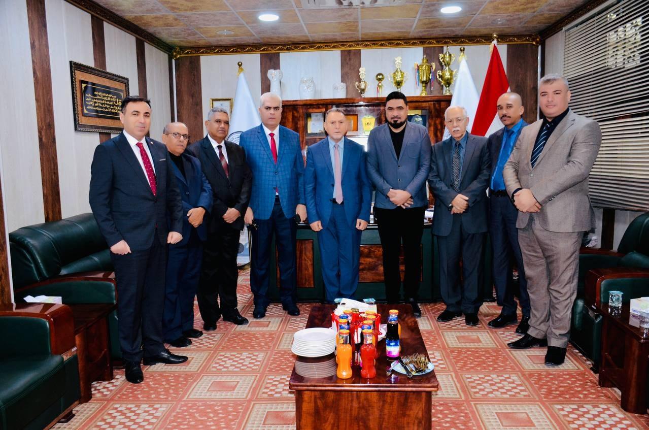 توقيع عقد استثمار لأجل تطوير كلية شط العرب الجامعة